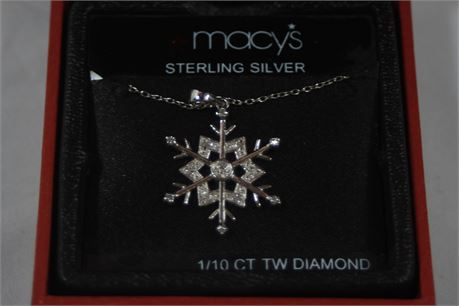 Macy's 1/10 CT TW Diamond Sterling Silver Holiday Snowflake Pendant Necklace 18""