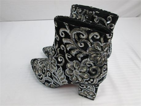 Black-Velvet-Sequence Blocked heel Ankle Boots-Size 7.5-New! (670)